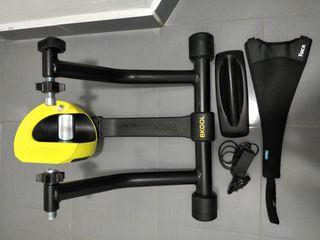Rodillo Bkool Smart Pro 2 con accesorios