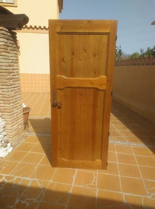 puerta de interior de madera