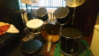 Pearl rock drum kit