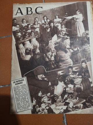 Periódico ABC Las Navidades Alemanas 1945