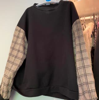 tartan sleeve black oversized sweatshirt