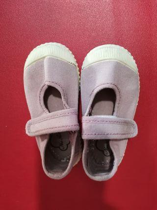 Zapatillas de lona niña talla 20