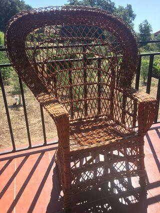 Conjunto de sillones de mimbre