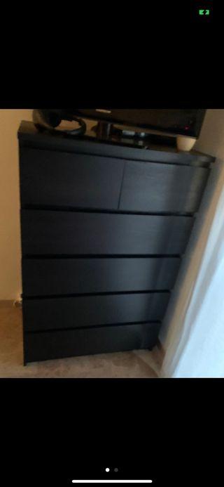Cómoda IKEA malm (queda una)