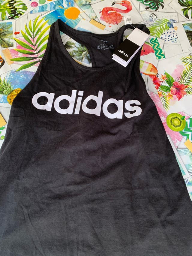 Camiseta deportiva adidas