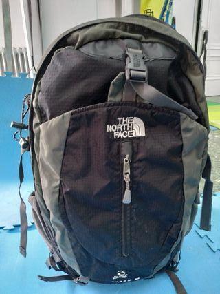 mochila north face