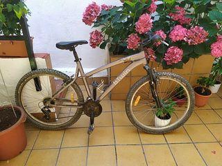Bicicleta btwin 5.1 rockrider talla M