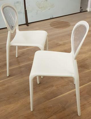 sillas diseño blancas 2 modelos