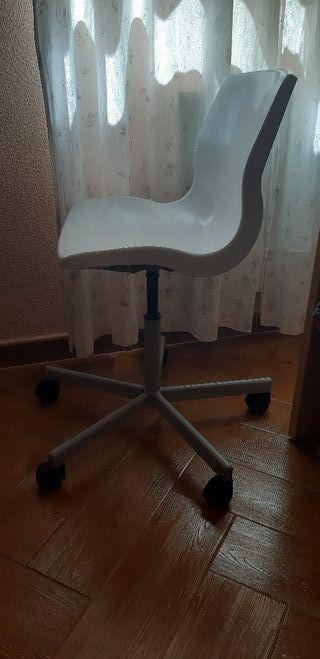 silla de escritorio infantil 12€