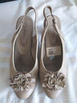 Zapatos de tacón pitillos de segunda mano en WALLAPOP