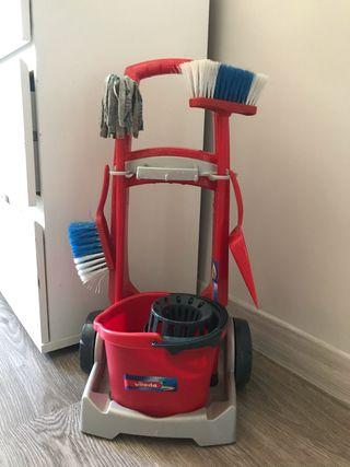 Útiles de limpieza para niños