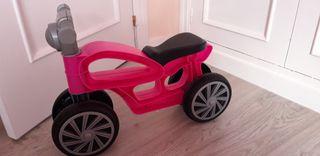 moto y correpasillos bebé
