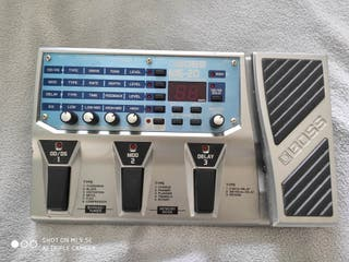 pedal multiefectos boss me-20
