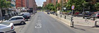 Garaje en alquiler Calle Monegros