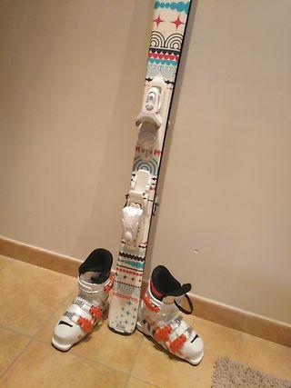Esquís y botas marca Rossignol