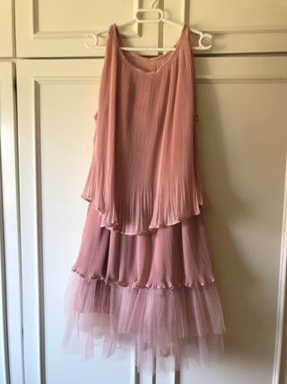 Vestido de verano o cóctel rosa palo