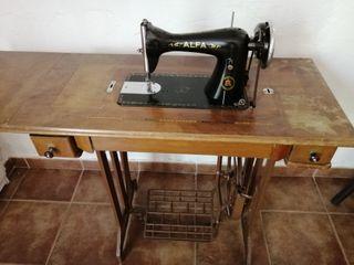 Maquina coser alpha