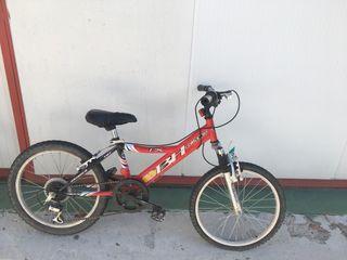 Bicicleta roja Bh