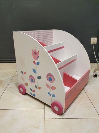 Librería infantil con ruedas