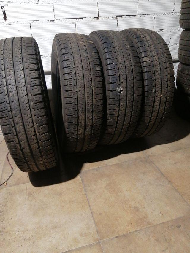 225/75 R 16 C 116Q Michelin agilis camping