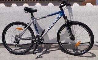 bicicleta Decathlon RockRider 5.3