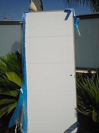 puerta blanca de interior nueva sin desembalar
