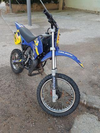 Se vende moto infantil Rieju mx 50