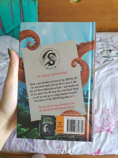 Libro juvenil en inglés.