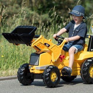 Tractor con pala excavadora a pedales nuevo