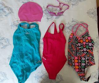 Lote de tres bañadores natación niña 4-6 años