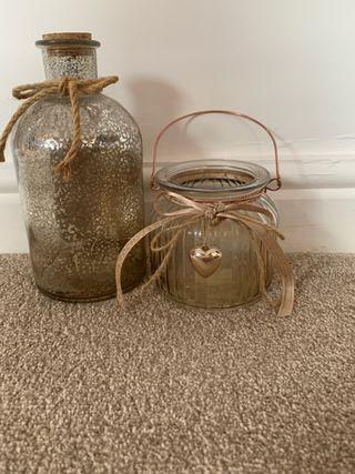 2 glass decorative jars