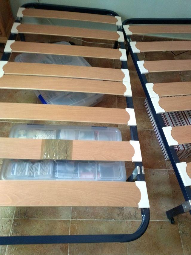 2 Somieres con patas 90x190 metal/madera
