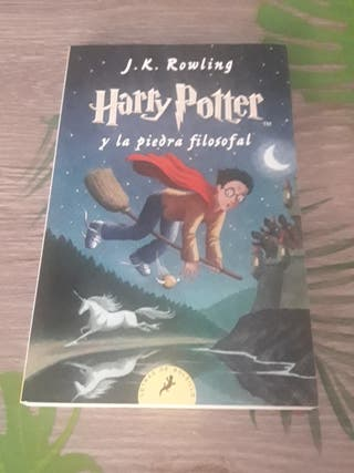 Harry Potter y la Piedra filosofal J.K. Rowling