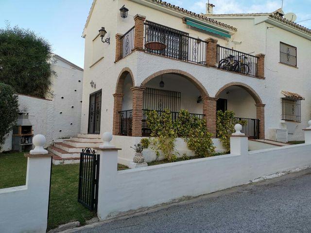 Casa en alquiler (Benalmádena, Málaga)