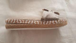 Sandalias nuevas talla 38-39