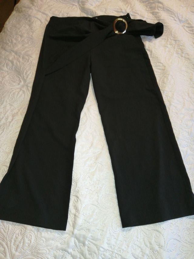 Pantalón nuevo talla 38