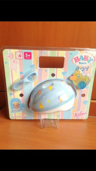 Casco para muñeco Baby Born NUEVO