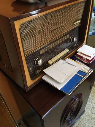 Radio antiguo iberia