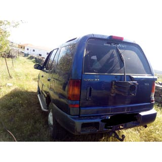 Tata Safari 2004