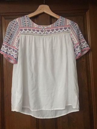 Blusa blanca de verano de Zara girl