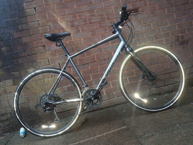 mountain bike (hybrid)