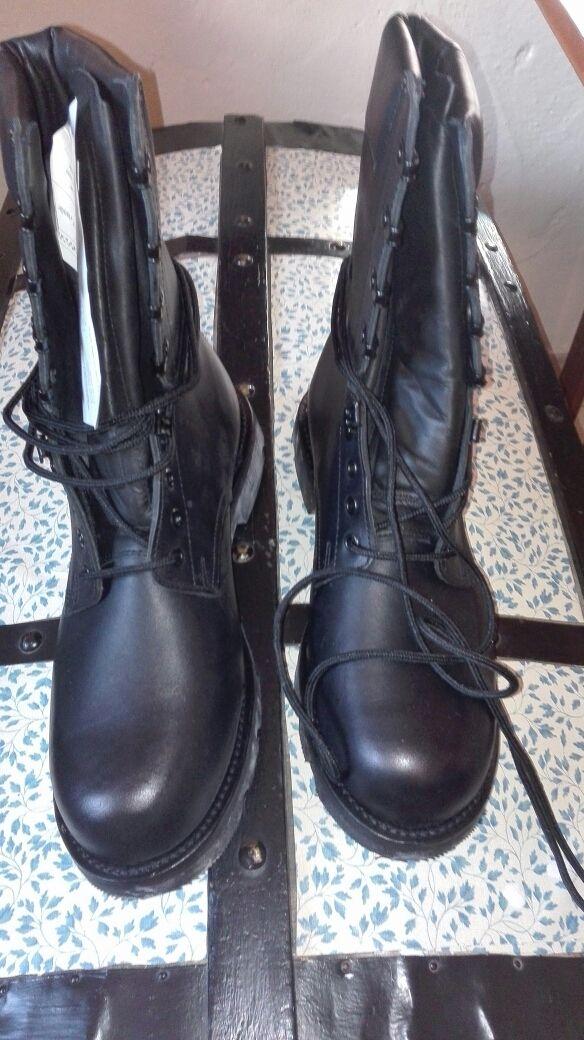 Botas piel militar. N°44 marca Iturri. Nuevas