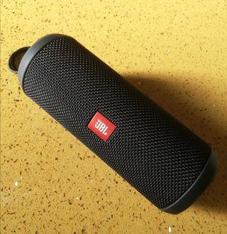 Altavoz Bluetooth JBL Flip 3 (Stealth Edition)