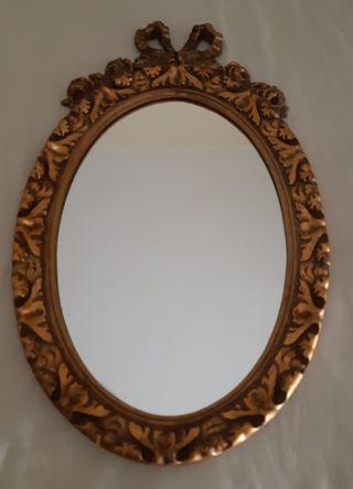 Antiguo espejo isabelino