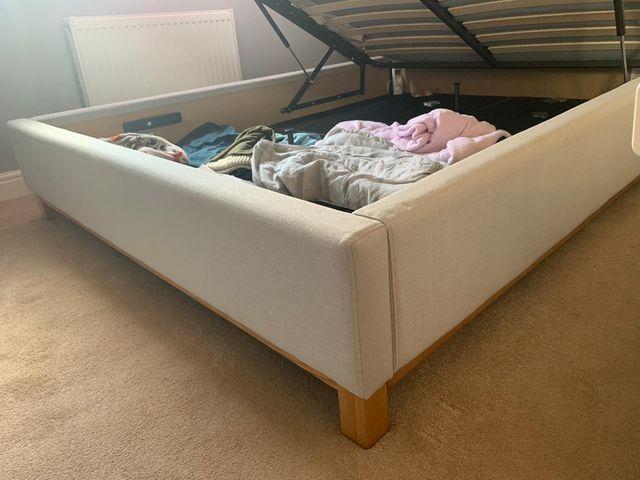Bed frame king size