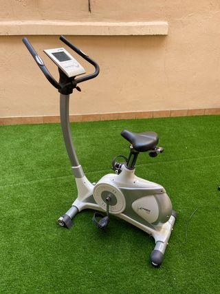 Bicicleta estática Treo Fitness B309