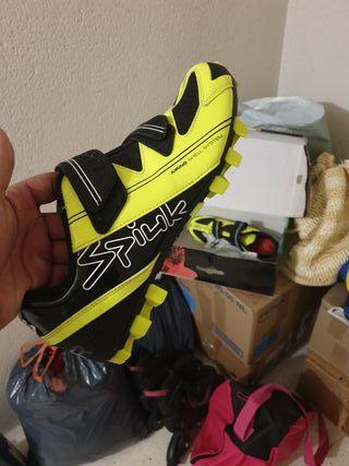 zapatillas de spinning y bicicleta