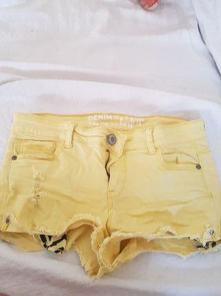 Pantalón corto marca BLANCO