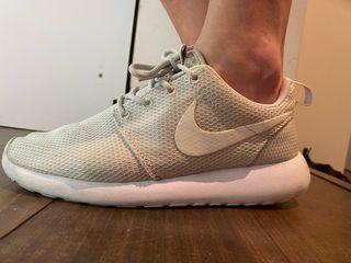 Bambas Nike tanjun talla 37