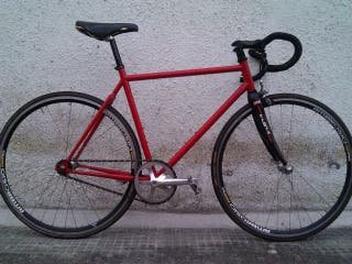 Bicicleta fixie custom (cuadro On-One)